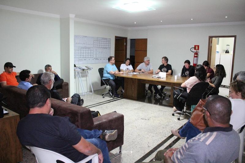Imagem:Bancários rejeitam proposta da Fenaban e aprovam calendário do Comando Nacional