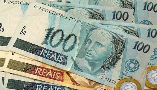 Imagem:Bolsonaro anuncia o fim da política de valorização de salário mínimo