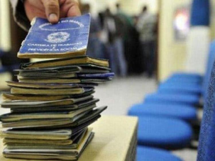 Imagem:Ipea: Mais de 3 milhões de brasileiros estão desempregados há dois anos