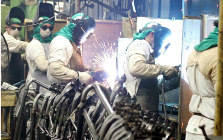 Imagem:'Situação da indústria brasileira nunca foi tão grave', diz economista Marco Antonio Rocha