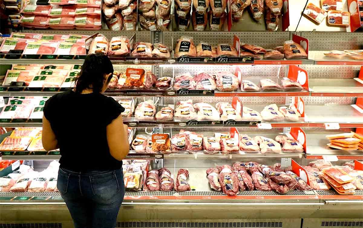 Imagem:Impacto da inflação é maior para mais pobres e causa endividamento recorde