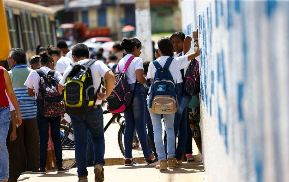 Imagem:Volta às aulas não é solução para a vulnerabilidade social das crianças
