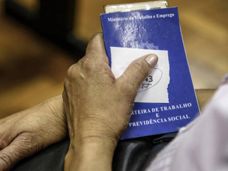 Imagem:De janeiro a agosto, país perdeu quase 850 mil empregos com carteira