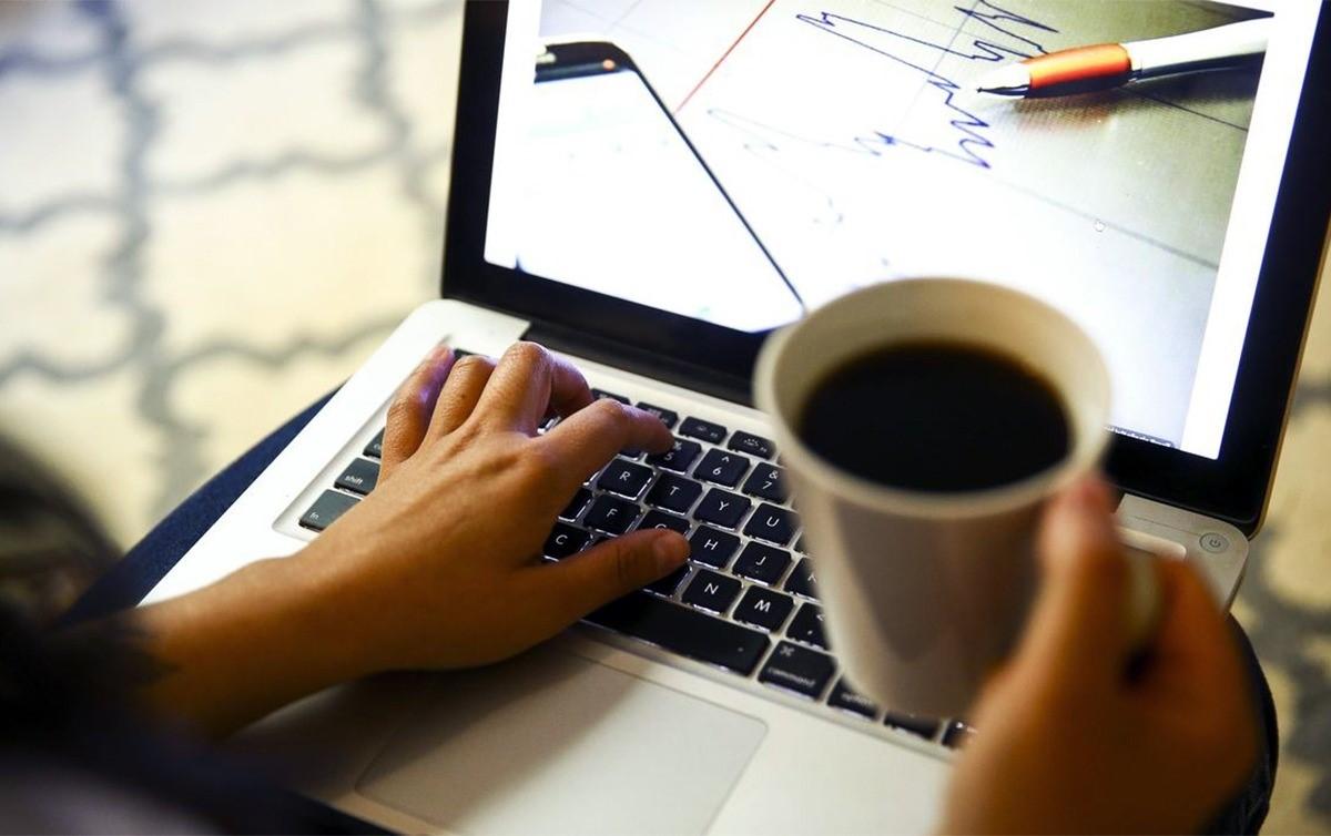 Imagem:Número de pessoas em 'home office' diminui, mas supera 8 milhões